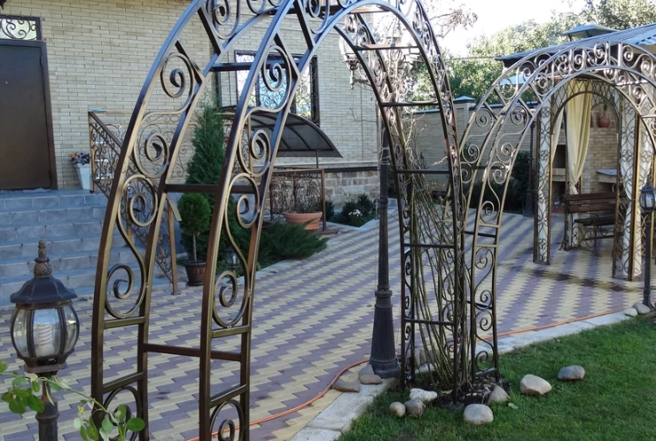 Металлические арки