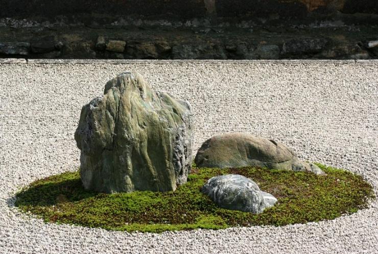 Японский сад камней для дачи